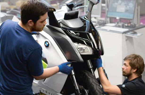BMW_C_evolution_production