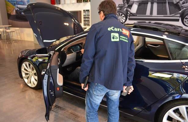 tesla_salon_munich_ecarsbg