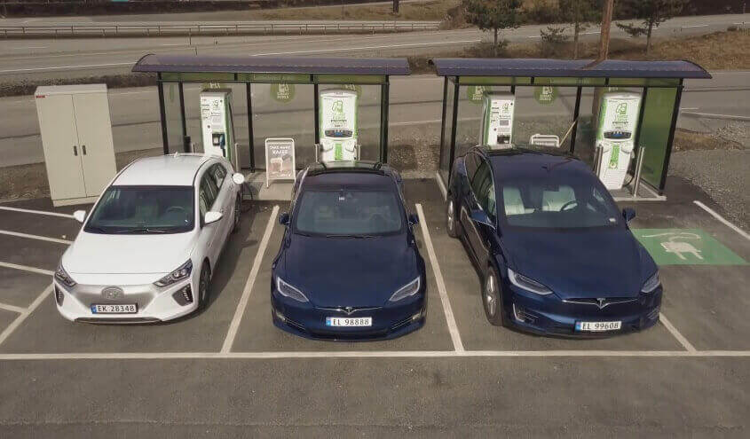 hyundai-ioniq-electric-tesla-model-s-x