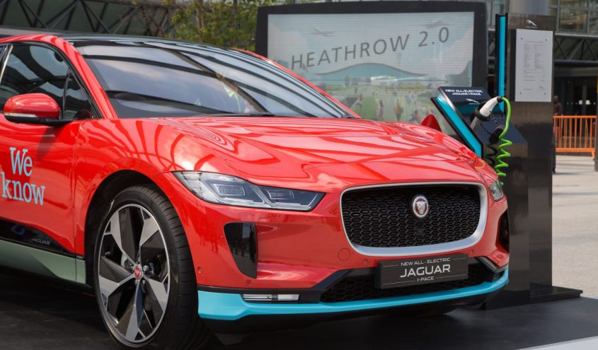 jaguar_i_pace_taxi_heathrow