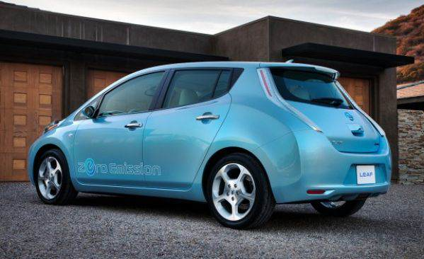 2011_nissan_leaf_4_cd_gallery