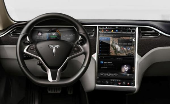 5-tesla-model-s-tablo