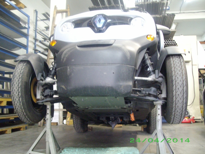 twizy_front_up.jpg